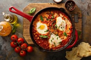 Cast Iron Skillet Recipes You Should've Tried On Labor Day Weekend