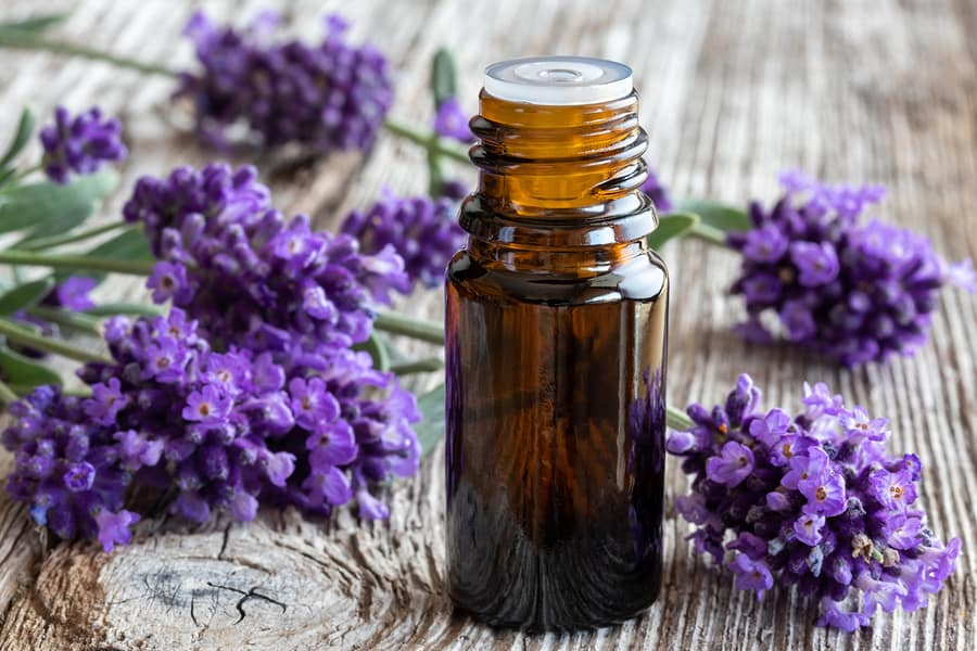 Amazingly Easy Ways to Make Your Own Essential Oils